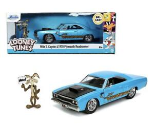 Jada Toys Wile E. Coyote & 1970 Plymouth Road Runner Diecast Car Item 32038 1:24