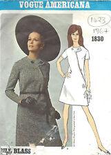 1967 Vintage VOGUE Sewing Pattern DRESS B31 (1423) By Bill Blass