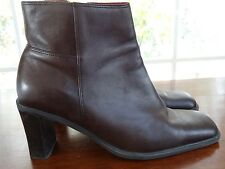 Women's Naturalizer Boots Ankle Heels Shoes Brown Timid -  Size 9 1/2 Medium