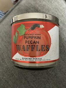 BN Bath and Body Works Pumpkin Pecan Waffles 3 Wick Autumn Candle 2021
