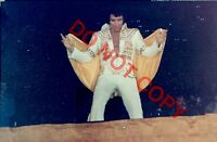 ELVIS CANDID ORIGINAL 4x6 PHOTO BY HEIS UNIONDALE NY 6/23/73 015