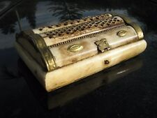 """ANTIQUE HEBREW TORAH BOVINE BONE CARVING  BOX WITH  BRASS TRIM 6"""" BY 4"""" BY 2"""""""