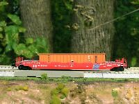 Roundhouse--BN Well Car with Matson Container--N Scale