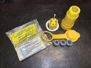 Woodhead 15W47 Rubber Connector, 15A, 125V, NEMA 5-15R, Wetguard, Yellow