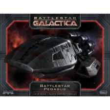 Moebius Models Battlestar Galactica Pegasus 1/4105 Kit MOE931