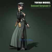 1/35 WWII German Female Officer Unpainted Model Kits YuFan Model Resin GarageKit