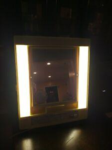 USED Vintage GE General Electric Lighted Make Up Mirror 4 Settings Model B21M-1