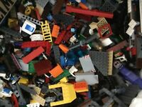 1/2 POUND OF LEGOS Bulk lot Bricks parts pieces - City, Star Wars GUC