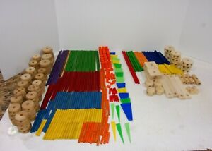 386 WOODEN BUILDING TOY LOT 320 TINKER TOYS AND 66 MK PIECES