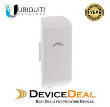 Ubiquiti Networks locoM2 2.4GHz 8dBi Indoor/Outdoor airMAX CPE  One Year Warrany