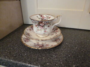 PRETTY ROYAL ALBERT COTTAGE GARDEN CHINA TRIO CUP, SAUCER, SIDE PLATE