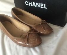 Chanel gorgeous taupe patent leather ballerina flats 36.5