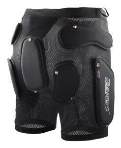 NEW SKI SNOW Slytech Protection Multi Sport Shorts 2nd Skin Size L