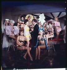 Dean Martin Mat Helm Iconique Portrait Avec Glamour Filles Original Transparence