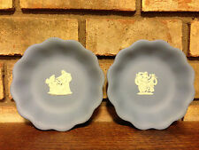 Pair Of Vintage Original Wedgwood Jasperware Scalloped Bowls Blue / White Motiff