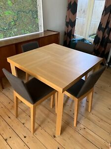 Punt Mobles Oak Veneer Dining Table And 6 Chairs