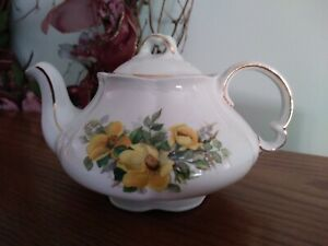 Ellgreave Wood and son England *Small* teapot