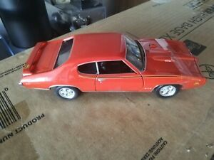 Welly 1969 Pontiac GTO in Orange Die Cast Model Scale 1:24 No Box