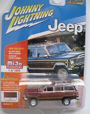 `81 Jeep Wagoneer Dark-Red Woody 1981*RR* Johnny Lightning 1of1800 MiJo 1:64 NEU