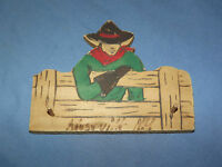 VINTAGE 1950-60S KEESEVILLE NY COWBOY ON FENCE WOOD WALL KEY CHAIN HOLDER