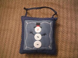 """Blue Doorknob SNOWMAN Hanger Pillow 5.25"""" x 6"""""""