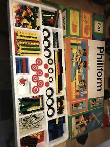 Vintage Philiform Construction bricks - set number 670 - boxed