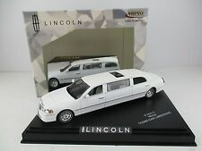Lincoln Town Car Stretch Limousine* 2000 * in weiss * Vitesse * 1:43 * OVP * NEU