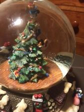 "Christopher Radko Christmas Musical Snow Globe ""Santa comng to town""  NIB"