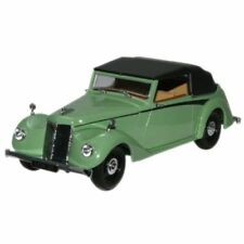 Voitures, camions et fourgons miniatures verts Coupe 1:43