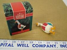 1990 Hallmark Cards Cozy Goose Christmas Tree Ornament - EUC