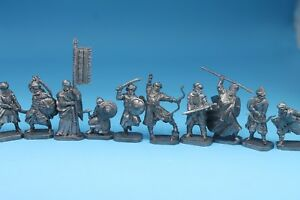 Tin toy saracens knights 12 figures soldier 40 mm exclusive for collection