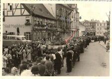 16383/ Originalfoto 8x12cm, Soldaten, SdKfz, Parade, ca. 1940