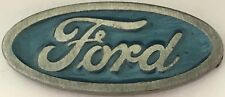 Ford Oval   --  Vintage lapel / hat pin badge.  G031002