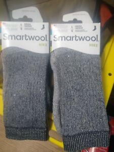 Smartwool Hike Medium Crew Socks - Dark Brown - Small (Mens 3-5.5, Womens 4-6.5)