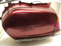 Honda GL 1800 GL1800 Goldwing #8510 Left Saddle Bag / Saddle Bag