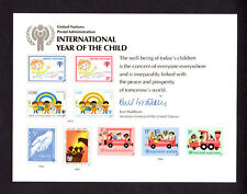 """United Nations (Sc 15) """" Int'l Year of the Child """" 1979 Souvenir Card Set of 3"""