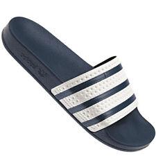 separation shoes 04fef f19d3 Sandali e scarpe adidas Adissage per il mare da uomo  eBay