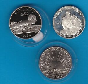 THREE USA HALF DOLLARS 1982S/1986D & 1996S IN MINT CONDITION + CAPSULES