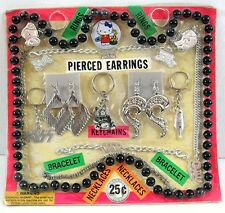 Pierced Earrings Necklaces Bracelets Toys Gumball Vending Machine Disp Card #55