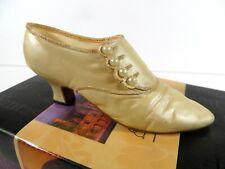 * Nib Just The Right Shoe By Raine 2000 Sweet Elegance #25415