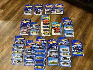 HOT WHEELS DIE CAST CARS LOT OF 33 (2001-2006)