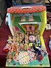 Vintage Liddle Kiddle Doll House Cape Cod Vinyl Dollhouse Furniture DOLLS EX