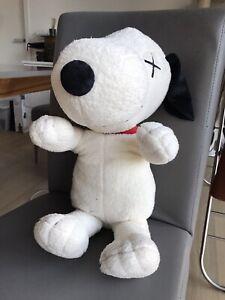 UNIQLO KAWS x PEANUTS | Snoopy | White/ Black Plush Soft Toy | Large