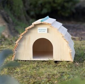 Cute Wooden Hedgehog House Garden Feature BNIB Wildlife Shelter Home Garden W