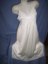 """VANITY FAIR"" VTG WHITE/LACE - NYLON  FULL SLIP- LINGERIE- sz: 40"