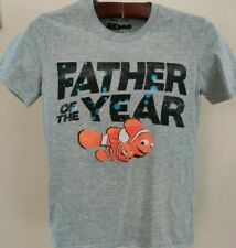 Father Of The Year Nemo Graphic T-Shirt (Men's Small)