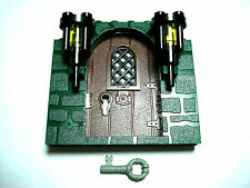 LEGOS RARE NEW GREEN Stone Pattern Frame Brown Door 2 Torches Key HARRY POTTER