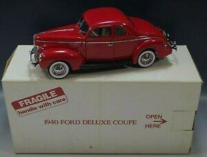 DANBURY MINT 1940 FORD DELUXE COUPE CAR 1/24 SCALE DIE CAST MIB WITH COA #2