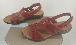 Clarks Womans 7.5 W Leisa Vine Red Leather Sandals sling back new in box