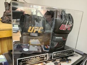AMANDA NUNES UFC SIGNED CHRIS CYBORG SIGNED GLOVES INSIDE DISPLAY JSA Cert